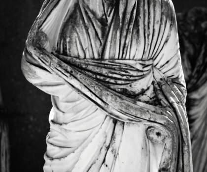 Άγαλμα στην Αρχαία Κόρινθο