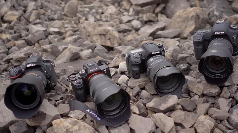 Τέστ ανάμεσα σε 24-70 mm 2.8 Sony, Pentax, Canon and Nikon.
